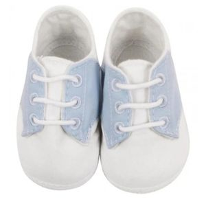 Baby shoes size 3 (6-9M)